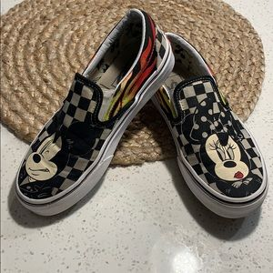 Disney vans slip on